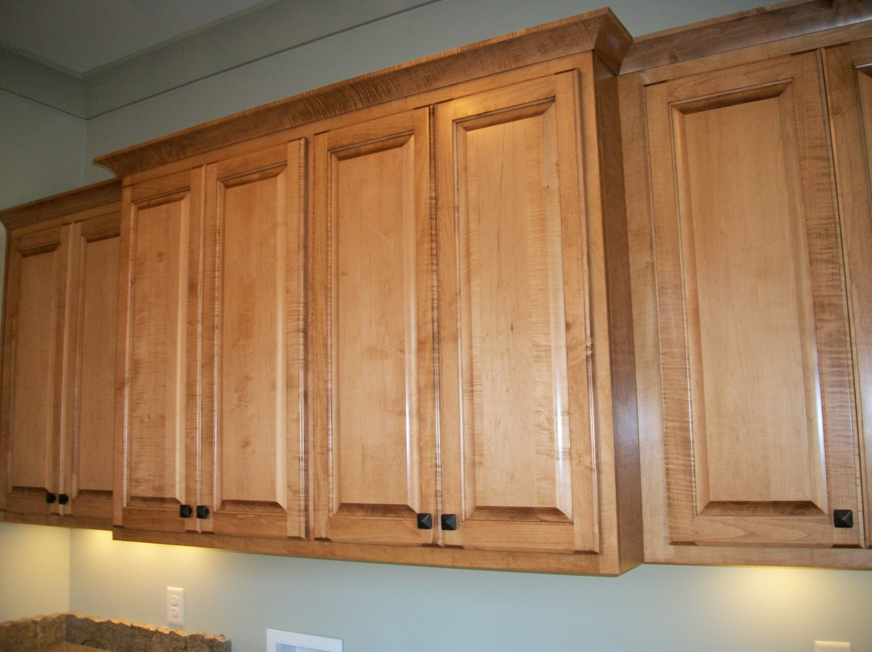 Custom Laundry Room and Utility Room Cabinets | HealthyCabinetmakers.