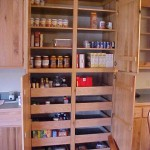 Tweedy - Pantry with Pull-outs