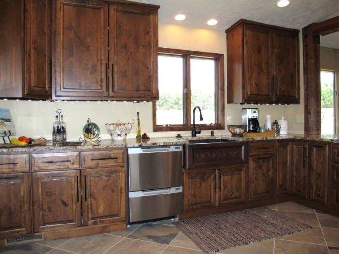 Alder wood kitchen cabinets for Alder kitchen cabinets
