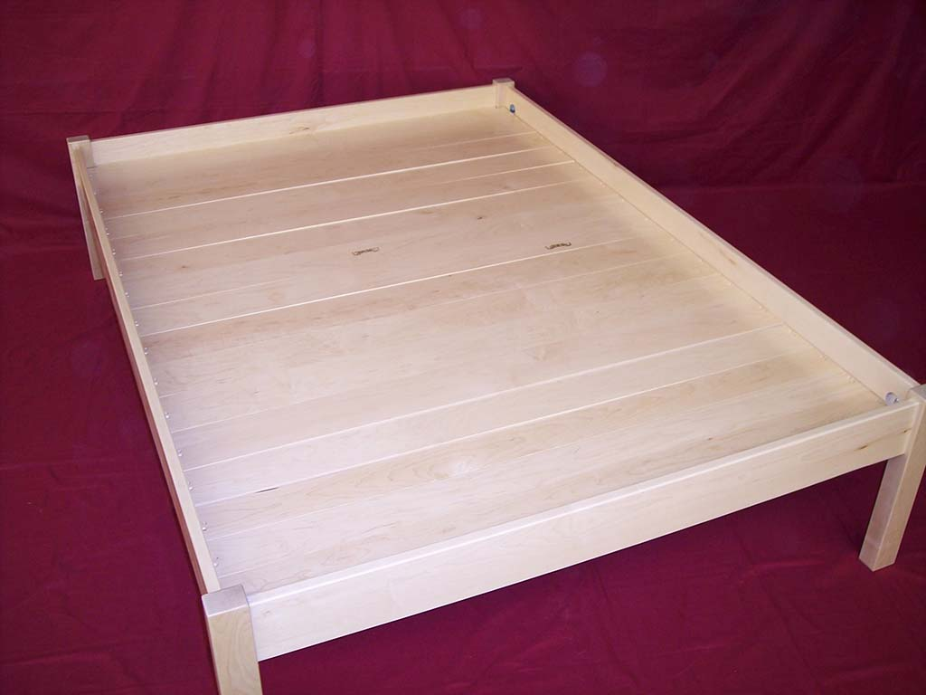 Solid Maple Platform Bed With Full Slats
